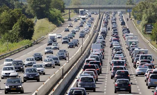 Наймасштабніші в історії автомобільні затори у фото - фото 310746