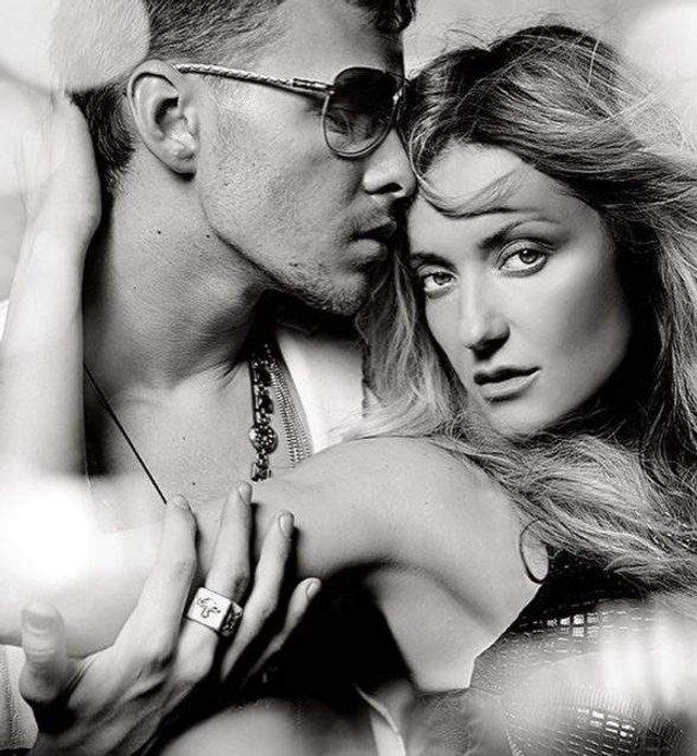 Могилевська заінтригувала еротичними знімками з молодим співаком - фото 313154