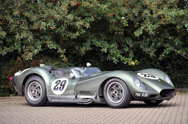 Британці показали зображення сучасного аналога спорткара 50-х - фото 314339