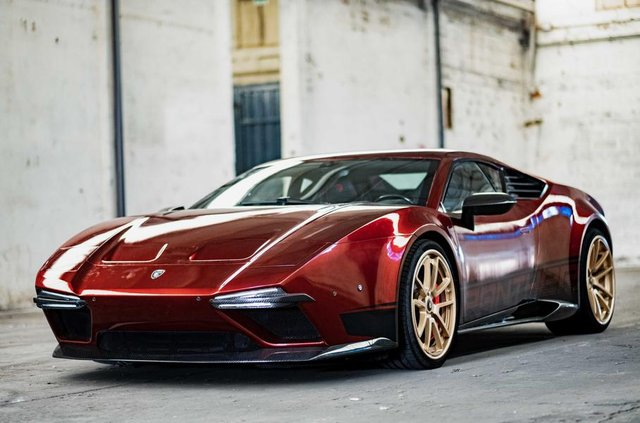 Екс-глава Lotus показав фінальний варіант 'відродженого' De Tomaso Pantera - фото 314468