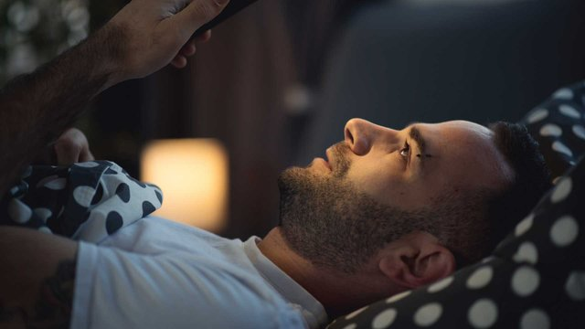 Гаджети негативно впливають на сон - фото 314725