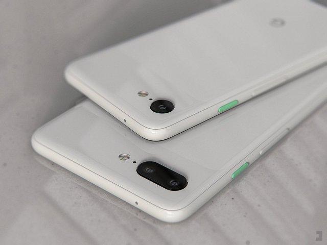 Google Pixel 4 показали на рендерах, і він нарешті без моноброви - фото 315229