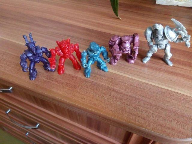 Тамагочі та фантики: дитячі іграшки з 90-х - фото 315632