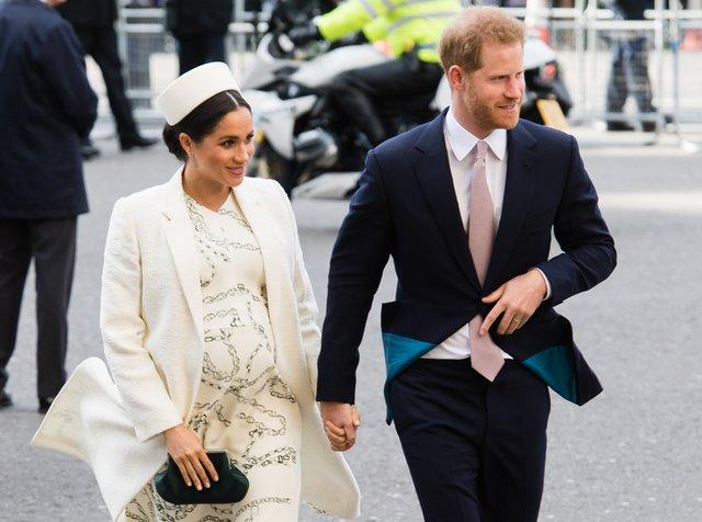 Букмекерам самим цікаво, як назвуть дитину Меган Маркл і принц Гаррі - фото 315992