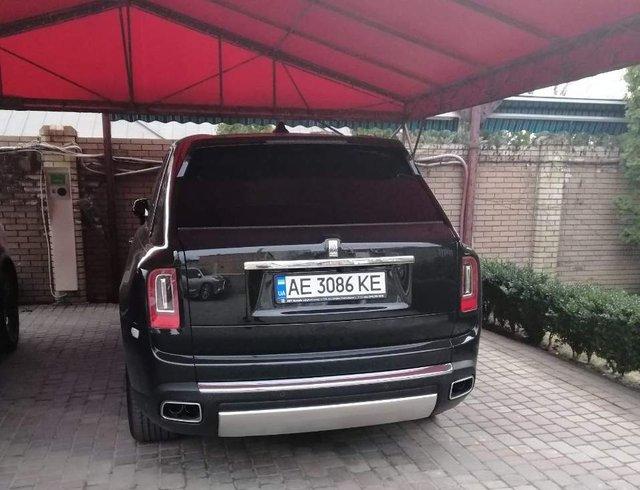 Українські мільйонери продовжують активно купувати новий Rolls-Royce Cullinan  - фото 316713