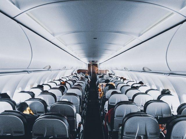 Названо найпопулярніший авіамаршрут у світі - фото 317439