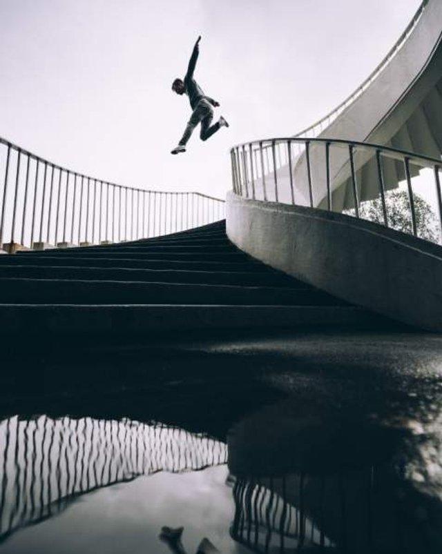 Цей фотограф подорожує світом у пошуках незвичайної архітектури