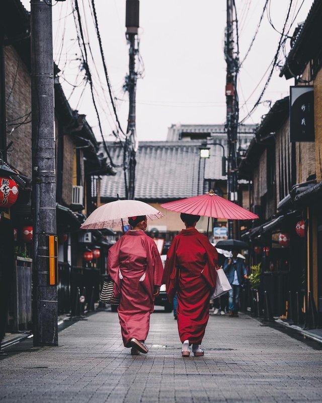 Подорож японськими вулицями: захопливі фото - фото 318777