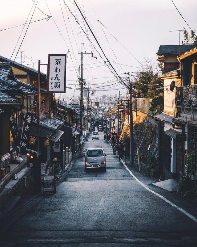 Подорож японськими вулицями: захопливі фото - фото 318786