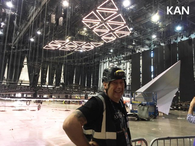 У Тель-Авіві почали монтувати сцену для Євробачення 2019: перші фото - фото 320696