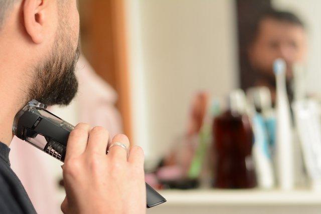 Вакуумна система всмоктування волосин полегшує прибирання ванни - фото 321088