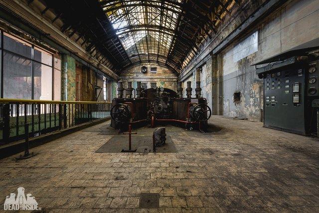 Як виглядає одна із найбільших забутих електростанцій Польщі: вражаючі фото - фото 321315