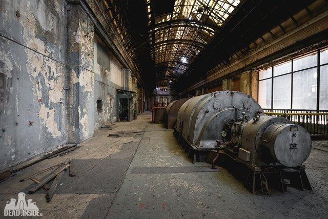 Як виглядає одна із найбільших забутих електростанцій Польщі: вражаючі фото - фото 321317