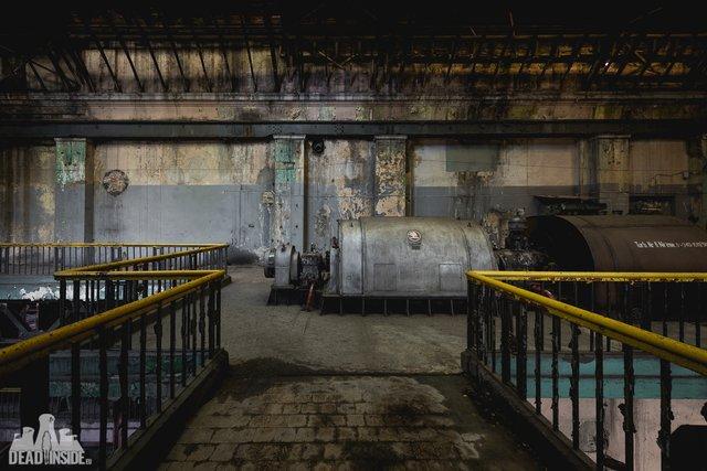 Як виглядає одна із найбільших забутих електростанцій Польщі: вражаючі фото - фото 321319