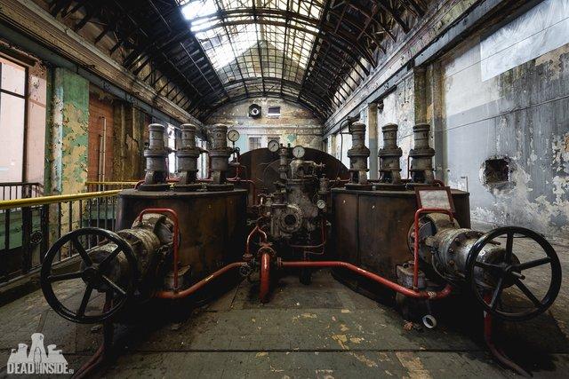 Як виглядає одна із найбільших забутих електростанцій Польщі: вражаючі фото - фото 321321