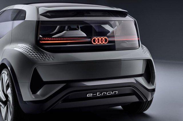 Audi показала конкурента електричного Volkswagen ID - фото 321479