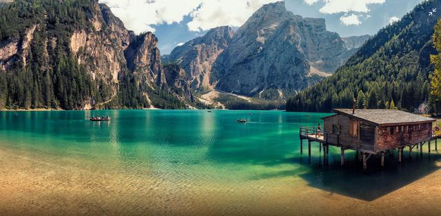 Озеро Браєс в доломітових Альпах Італії  - фото 321765