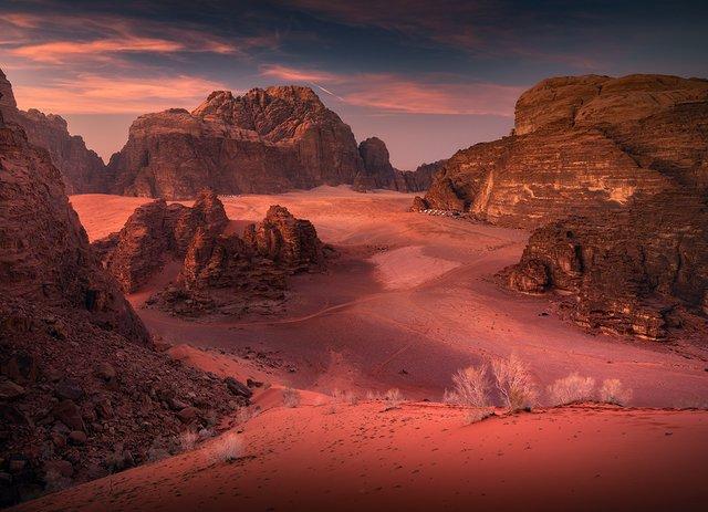 Фотограф показав пейзажі Марсу на нашій планеті: вражаючі кадри - фото 322190