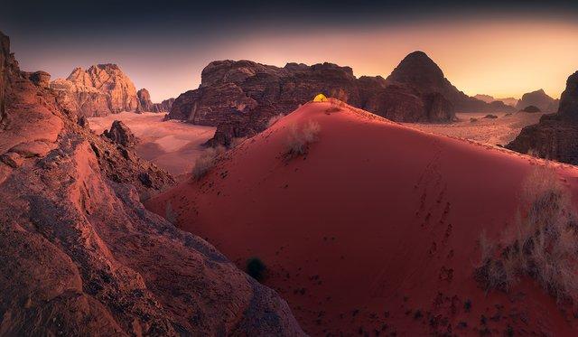 Фотограф показав пейзажі Марсу на нашій планеті: вражаючі кадри - фото 322194