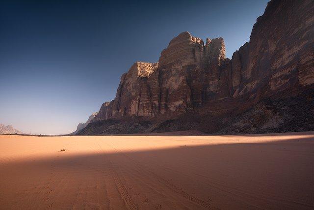 Фотограф показав пейзажі Марсу на нашій планеті: вражаючі кадри - фото 322200