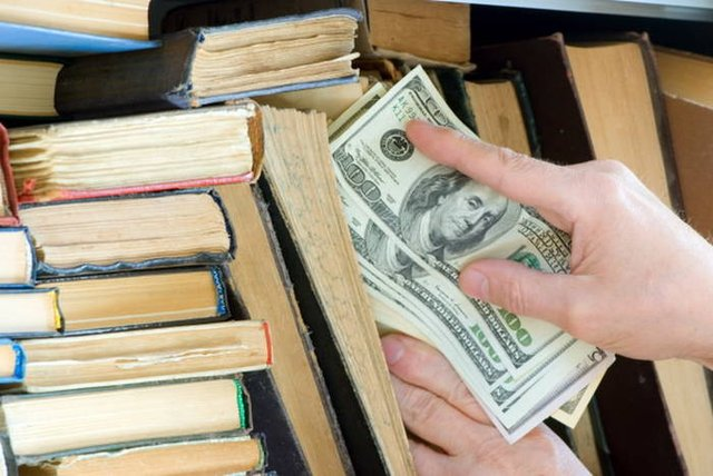 Де заховати гроші вдома  - фото 322347