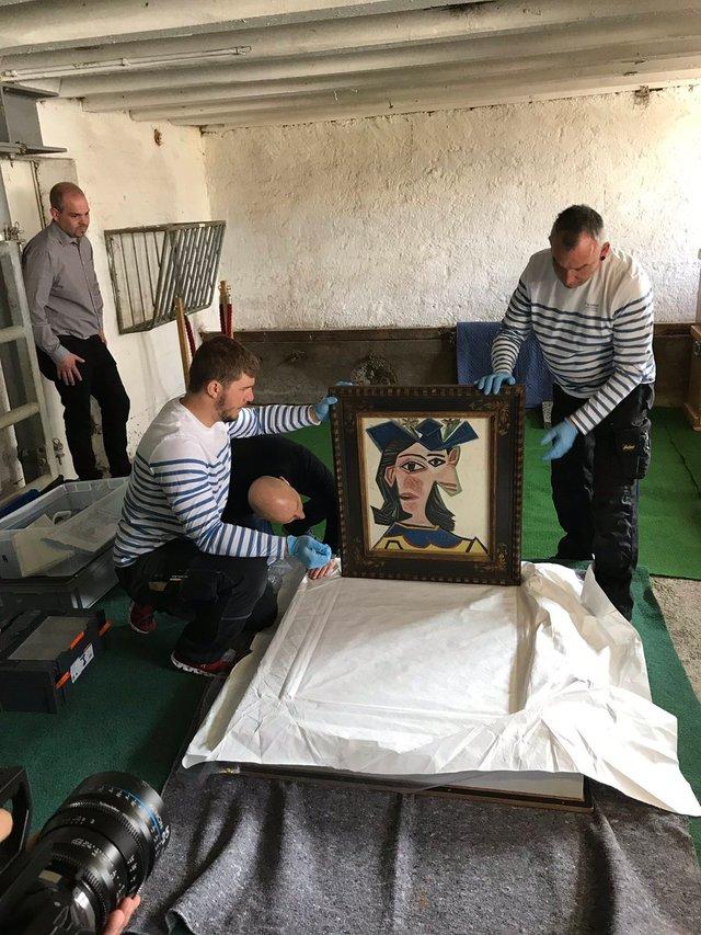Швейцарець повісив картину Пікассо у сараї: фотофакт - фото 322731