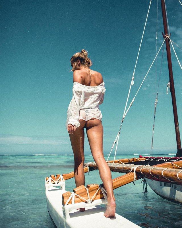 Зваблива краса: фотограф показує розкішних дівчат на пляжах (18+) - фото 322862