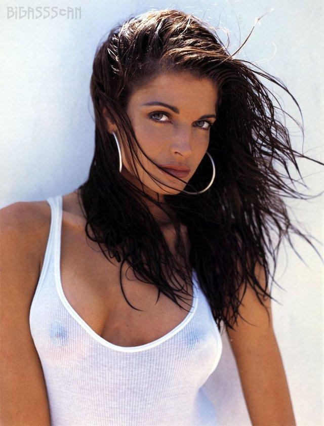 Моделі 90-х: як змінилася гаряча американка Стефані Сеймур (18+) - фото 322939