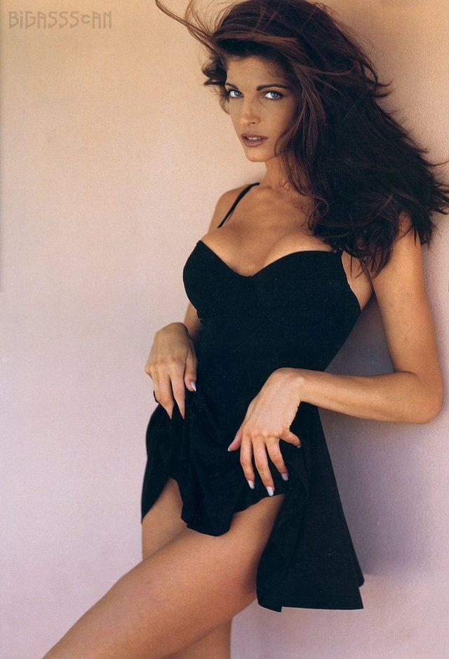 Моделі 90-х: як змінилася гаряча американка Стефані Сеймур (18+) - фото 322941