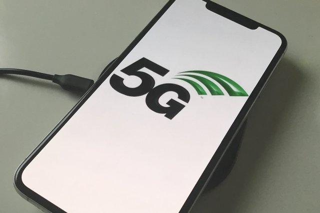 Нові iPhone підтримуватимуть зв'язок 5G - фото 323317