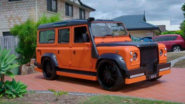 У мережі показали дивний тюнінг Land Rover Defender - фото 323481