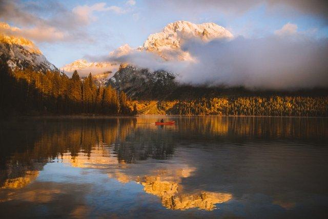 Гірські пейзажі світу, від яких перехоплює дух: фото - фото 323591