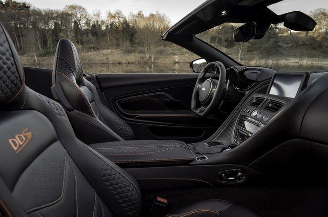 Представлений найшвидший відкритий Aston Martin в історії - фото 323642