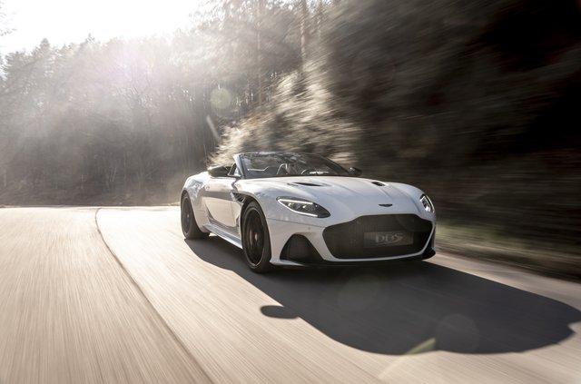 Представлений найшвидший відкритий Aston Martin в історії - фото 323644