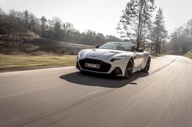 Представлений найшвидший відкритий Aston Martin в історії - фото 323645