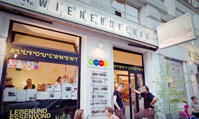 Бюджетно попоїсти можна в Der Wiener Deewan - фото 323971