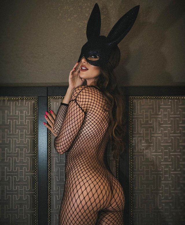 Дівчина тижня: гаряча модель Мелісса Лорі, яка популярна своєю відвертістю (18+) - фото 324441
