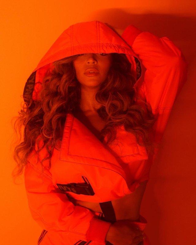 Beyonce показала тизери колаборації з adidas - фото 324482