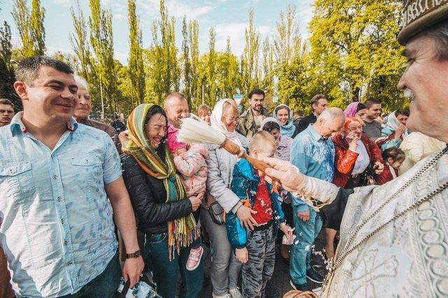 Як виглядав Київ у великодній ранок: чарівні фото - фото 324538