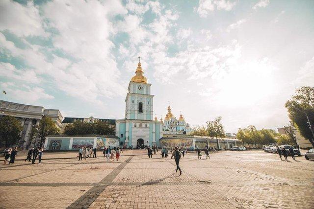 Як виглядав Київ у великодній ранок: чарівні фото - фото 324539