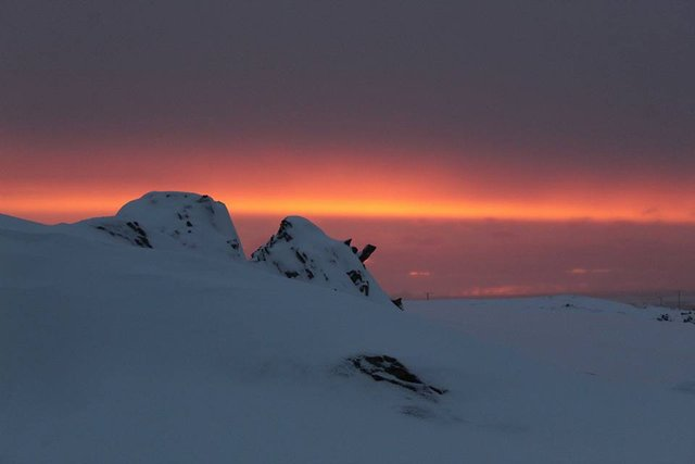 Українські полярники поділилися ефектними кадрами Антарктиди - фото 325261