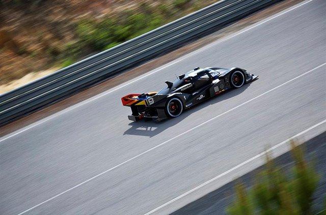 Дивіться, як виглядатимуть гонки, в яких не буде водіїв - фото 325530