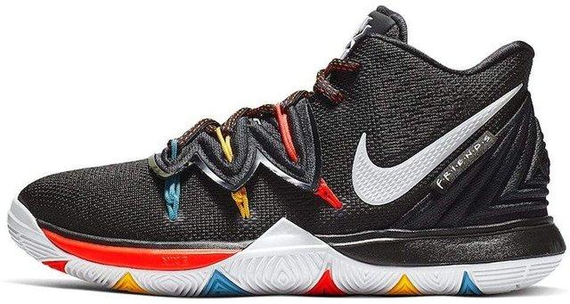 Nike випустила круті кросівки у стилі серіалу Друзі - фото 325780