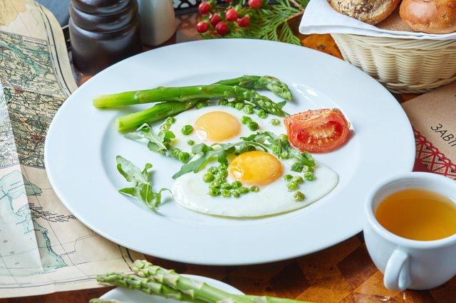 Яєчнею не варто зловживати щодня - фото 325811