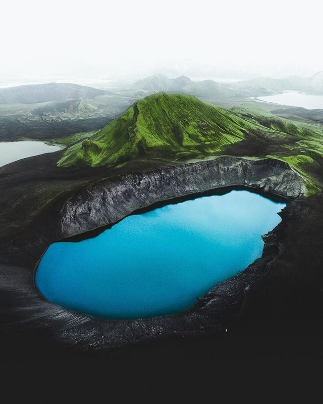 Незабутня краса Ісландії з висоти: яскраві фото мандрівника - фото 325829