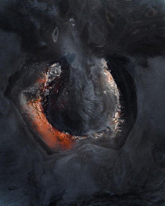 Незабутня краса Ісландії з висоти: яскраві фото мандрівника - фото 325830