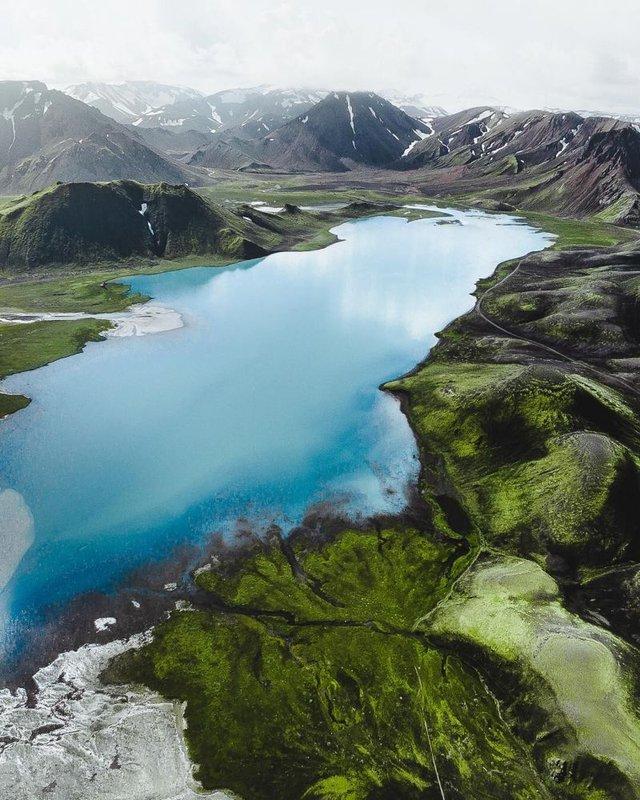 Незабутня краса Ісландії з висоти: яскраві фото мандрівника - фото 325839