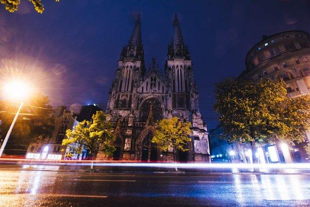 Нічний Київ у атмосферних знімках - фото 325937