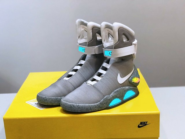 Nike Air Mag Back To The Future BTTF  - фото 325993