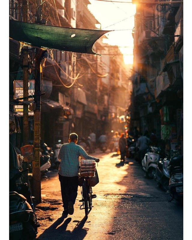 Столиця Бангладешу під час дощу: захопливі вуличні фото - фото 326533